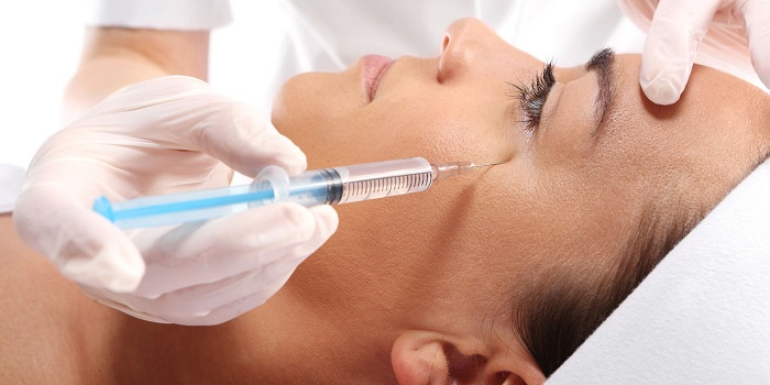 Введение препарата Ботокс в область глаз